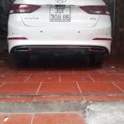 Lip pô Elantra mẫu Mercedes