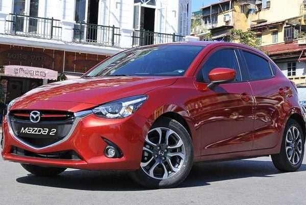 phụ kiện theo xe Mazda 2