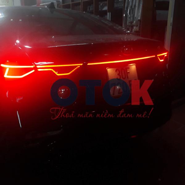 led đèn phản quang xe cerato 2019